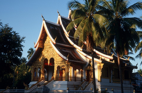 tour-palace-museum-laos-4