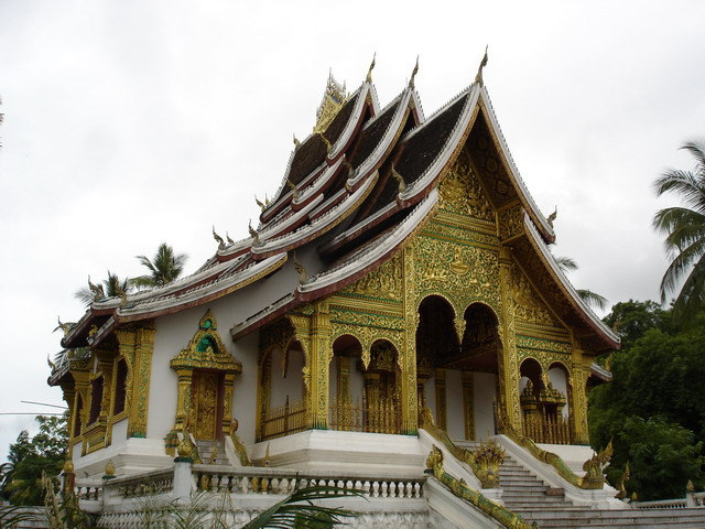 tour-palace-museum-laos-5
